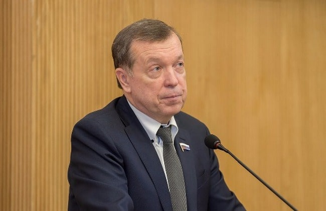 Владимир Катенев