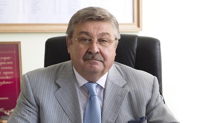 Михаил Лобин