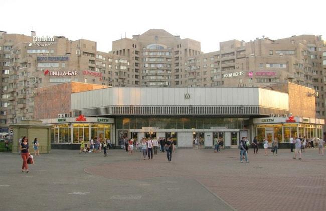 метро Озерки